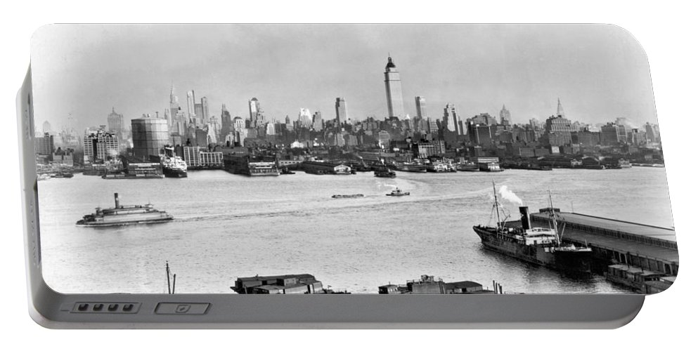 1934 Portable Battery Charger featuring the photograph Manhattan View From New Jersey by Underwood Archives