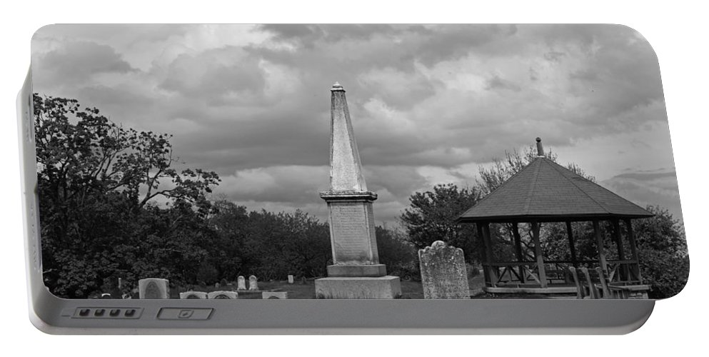 Marblehead Portable Battery Charger featuring the photograph Marblehead Old Burial Hill Cemetery by Toby McGuire