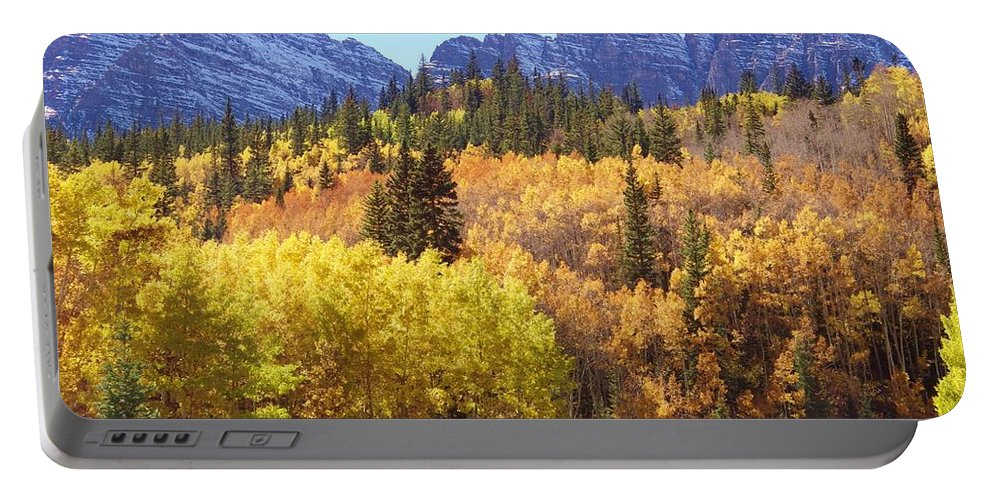 Maroon Bells Portable Battery Charger featuring the photograph Maroon Bells Beauty by Tonya Hance