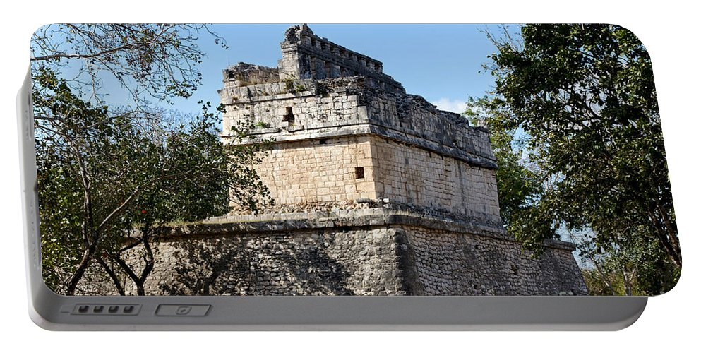 America Portable Battery Charger featuring the photograph Mayan Ruin At Chichen Itza by Jannis Werner