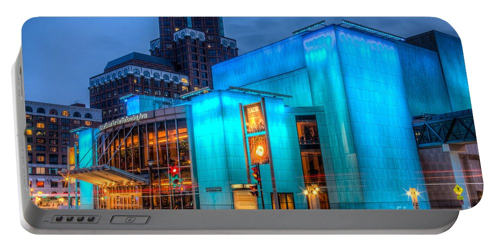 Art Portable Battery Charger featuring the photograph Milwaukee Pac Evening Glow by Andrew Slater