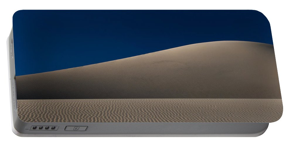 Death Valley Portable Battery Charger featuring the photograph Minimal Mesquite by Dayne Reast