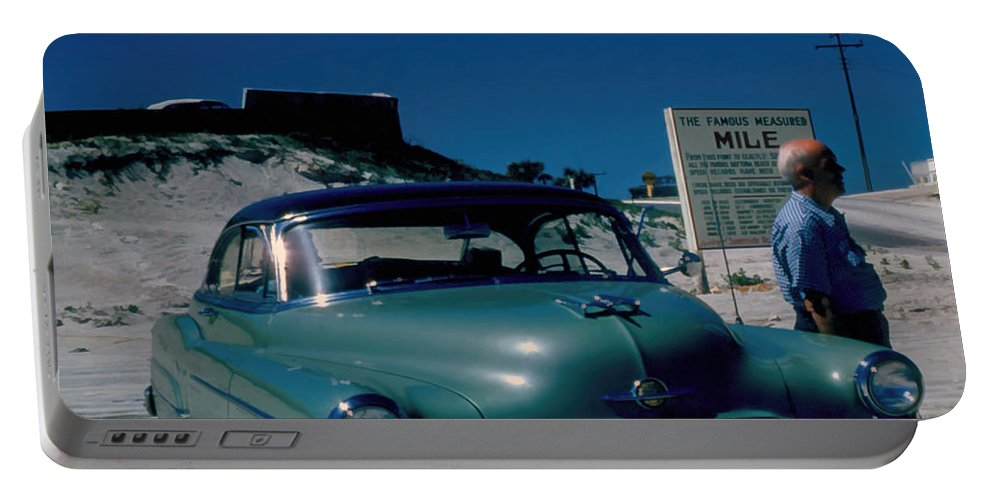Daytona Beach Portable Battery Charger featuring the photograph Miracle Mile Oldsmobile by Cathy Anderson