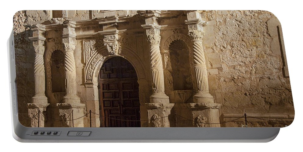 The Alamo Portable Battery Charger featuring the photograph Mission San Antonio De Valero by Bob Phillips