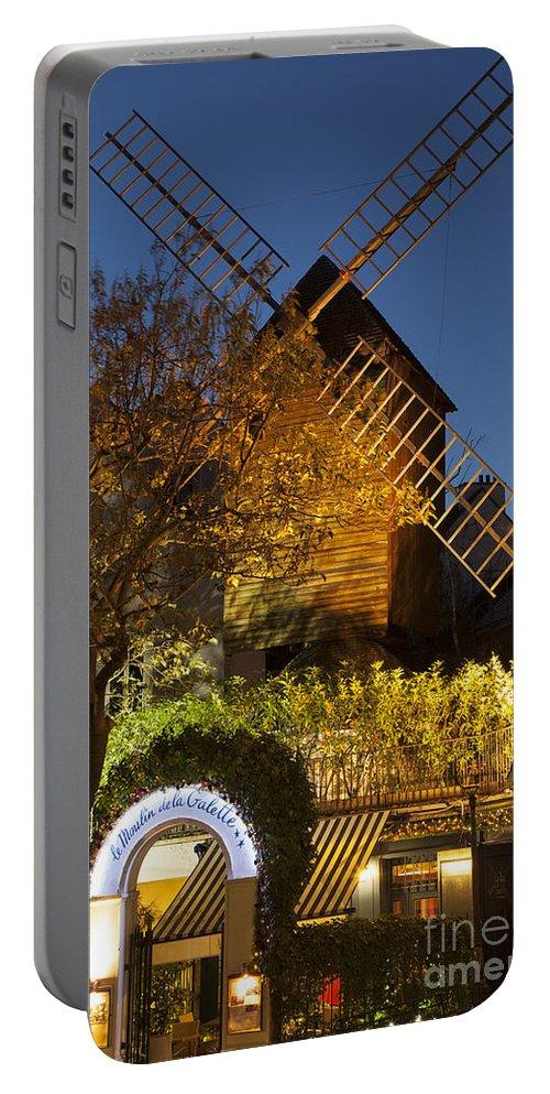 Butte Portable Battery Charger featuring the photograph Moulin De La Galette by Brian Jannsen
