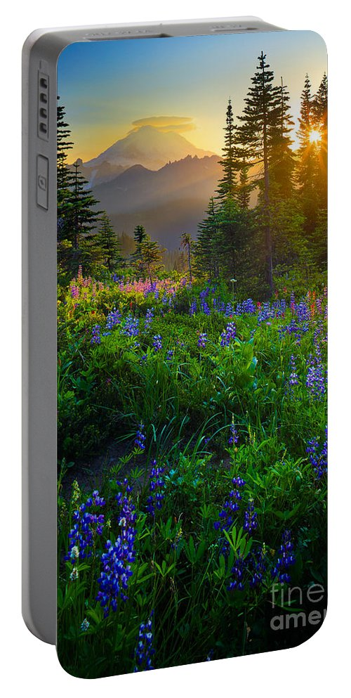 America Portable Battery Charger featuring the photograph Mount Rainier Sunburst by Inge Johnsson