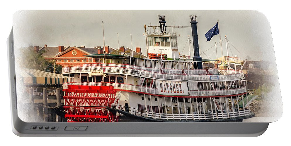 Nola Portable Battery Charger featuring the photograph Natchez Sternwheeler Paint by Steve Harrington