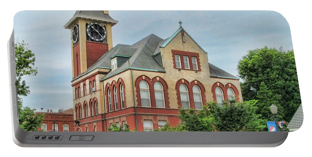 Victor Montgomery Portable Battery Charger featuring the photograph New Bern City Hall by Victor Montgomery