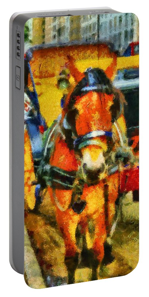 New York Horse And Carriage Portable Battery Charger featuring the painting New York Horse And Carriage by Dan Sproul