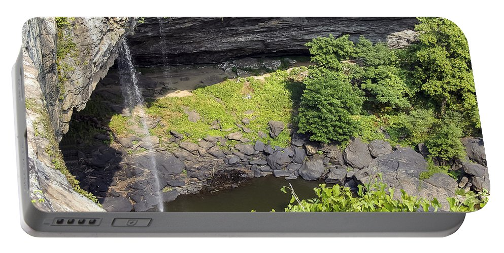 Noccalula Falls Park Portable Battery Charger featuring the photograph Noculula Falls by Bob Phillips