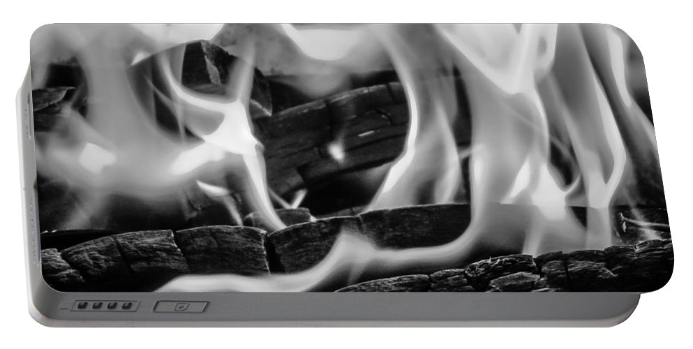 Fire Flames Portable Battery Charger featuring the photograph Oakwood Flames by Mair Hunt