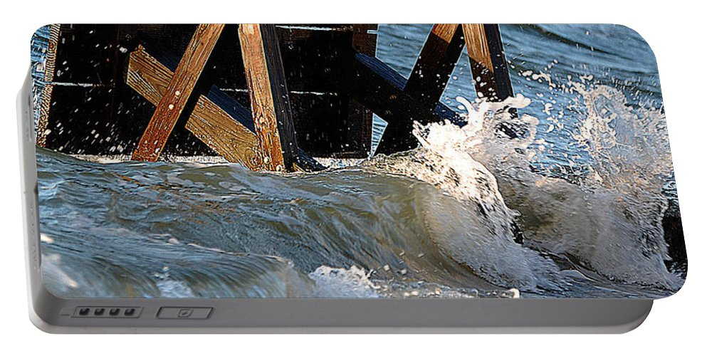 Ocean Portable Battery Charger featuring the photograph Ocean Table by Leticia Latocki