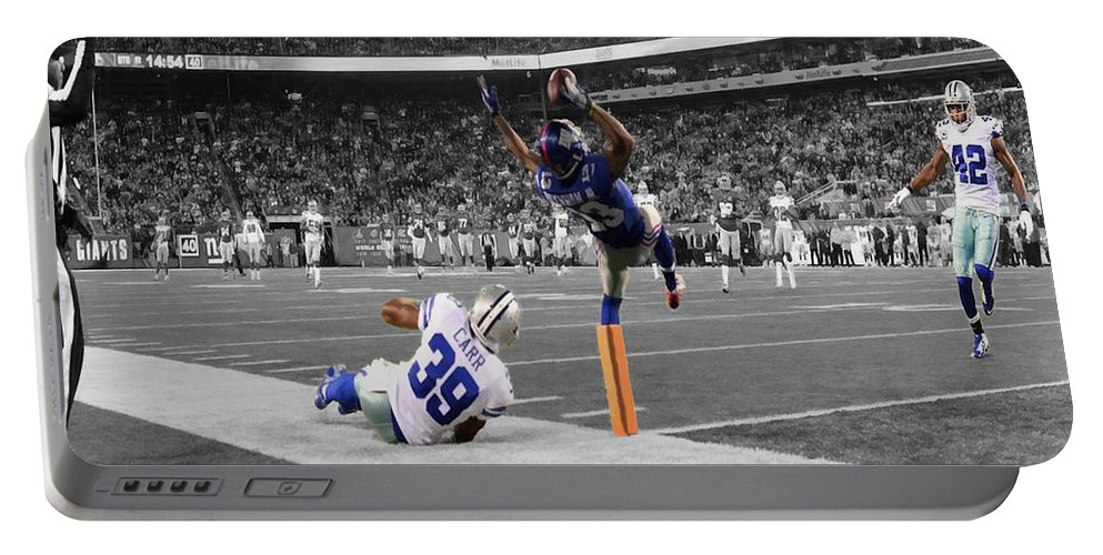 Odell Beckham Portable Battery Charger featuring the digital art Odell Beckham Breaking The Internet by Brian Reaves