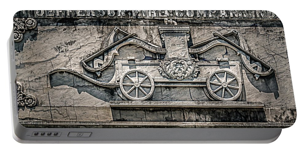 Nawlins Portable Battery Charger featuring the photograph Old Jefferson by Melinda Ledsome
