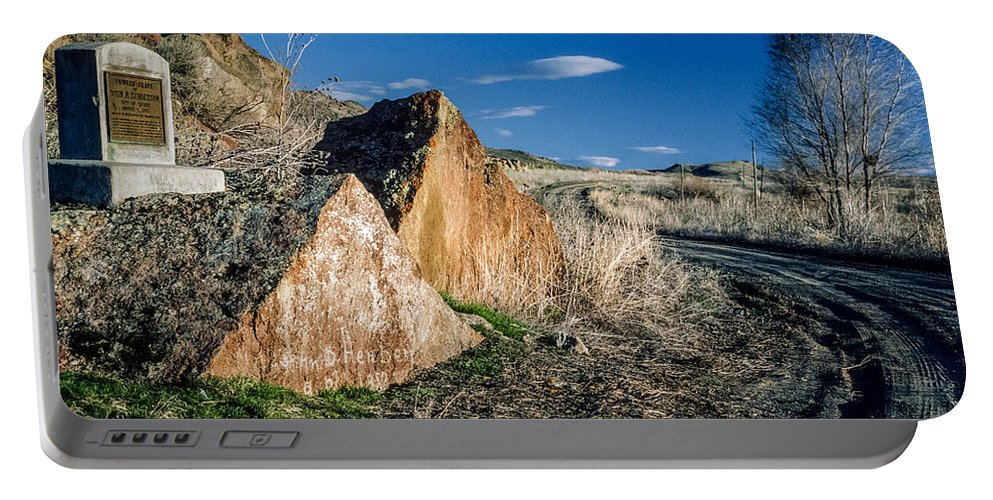 Oregon Trail Portable Battery Charger featuring the photograph Oregon Trail 1 by Mike Penney