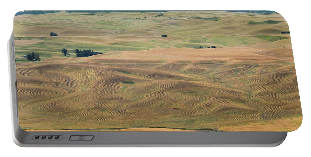 Places Portable Battery Charger featuring the photograph Palouse Palate by Jean Noren