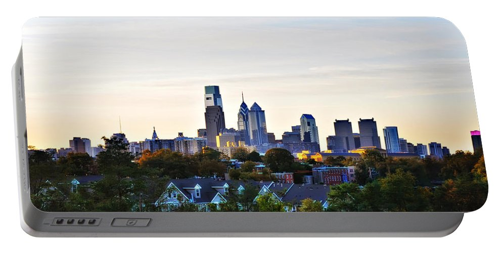 Panorama Portable Battery Charger featuring the photograph Panorama Of Philadelphia by Bill Cannon
