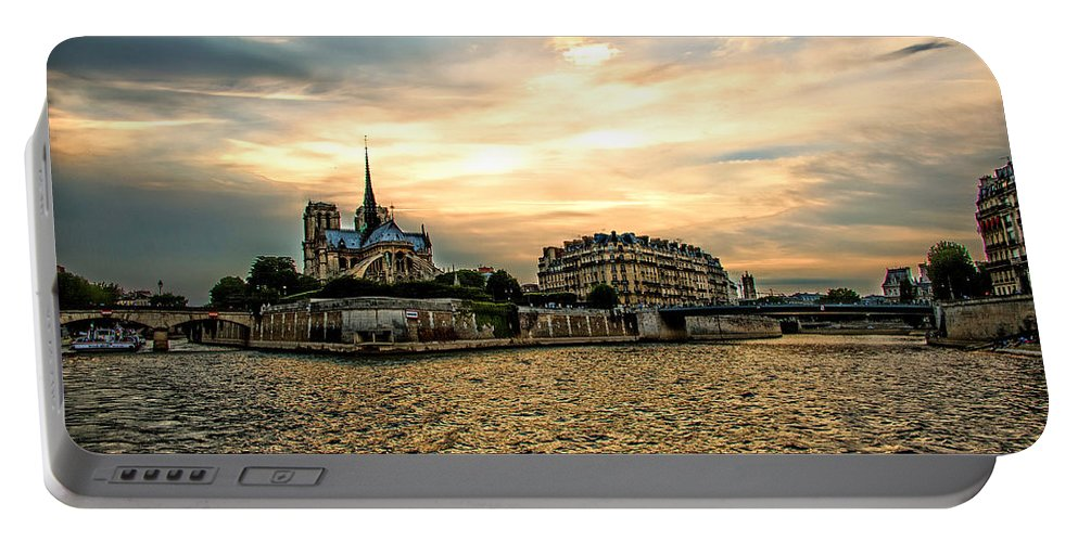 Paris Portable Battery Charger featuring the photograph Paris At Sunset by Bill Howard