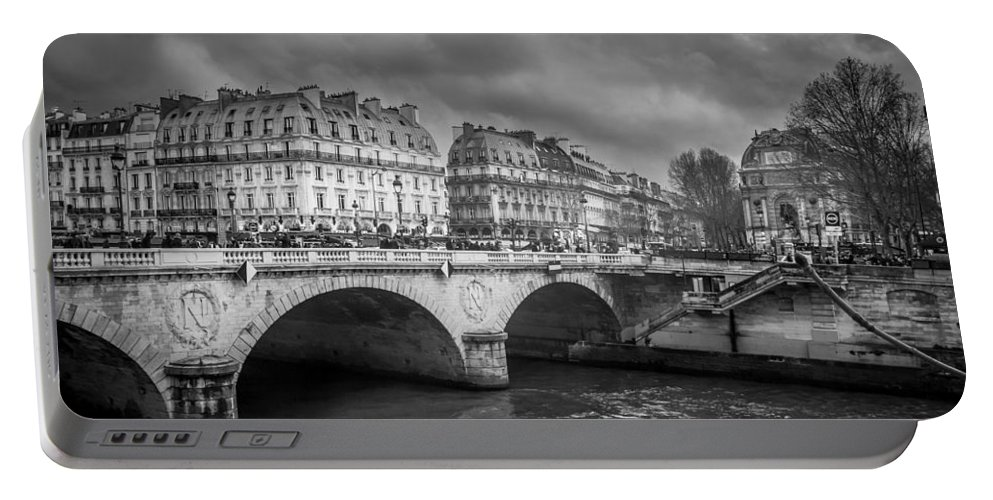 Black And White Portable Battery Charger featuring the photograph Paris Black And White by Pati Photography