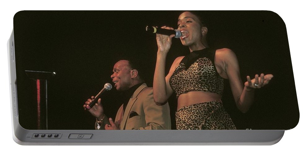 Soul Portable Battery Charger featuring the photograph Peaches And Herb by Concert Photos