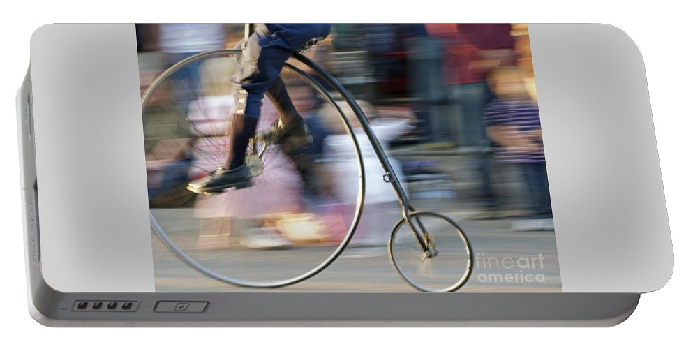 Bicycle Portable Battery Charger featuring the photograph Pedaling Past by Ann Horn