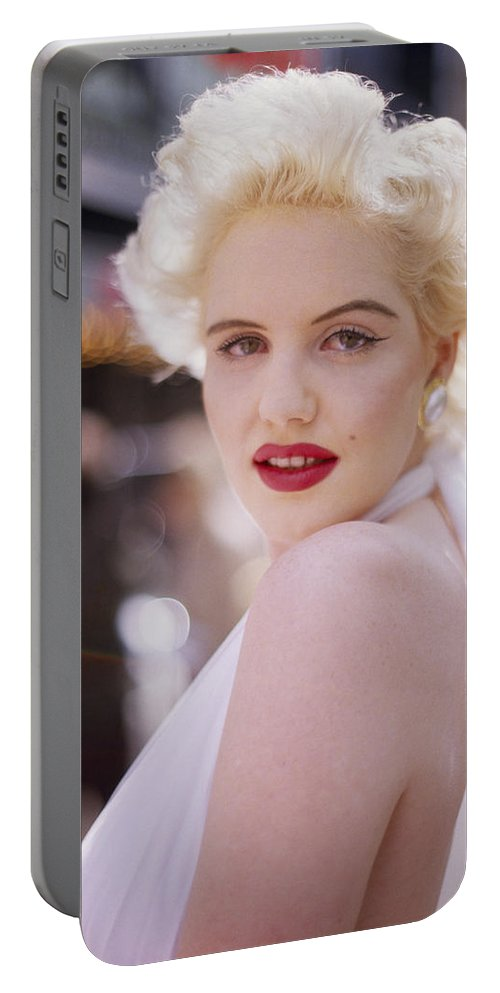 Marilyn Monroe Portable Battery Charger featuring the photograph Beauty Of Marilyn Monroe by Shaun Higson