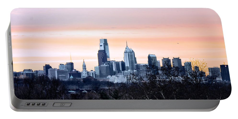 Philadelphia Portable Battery Charger featuring the photograph Philadelphia From Belmont Plateau by Bill Cannon