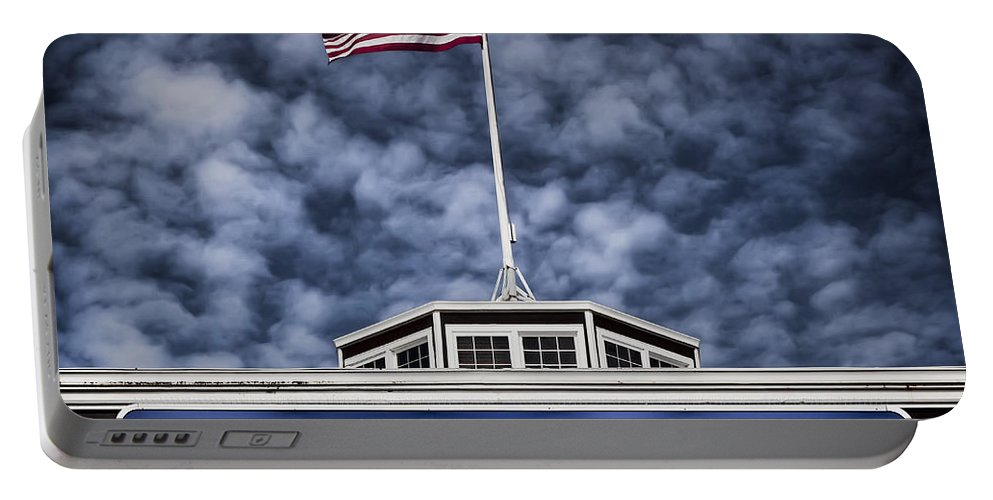 Pier 39 Portable Battery Charger featuring the photograph Pier 39 by Dave Bowman