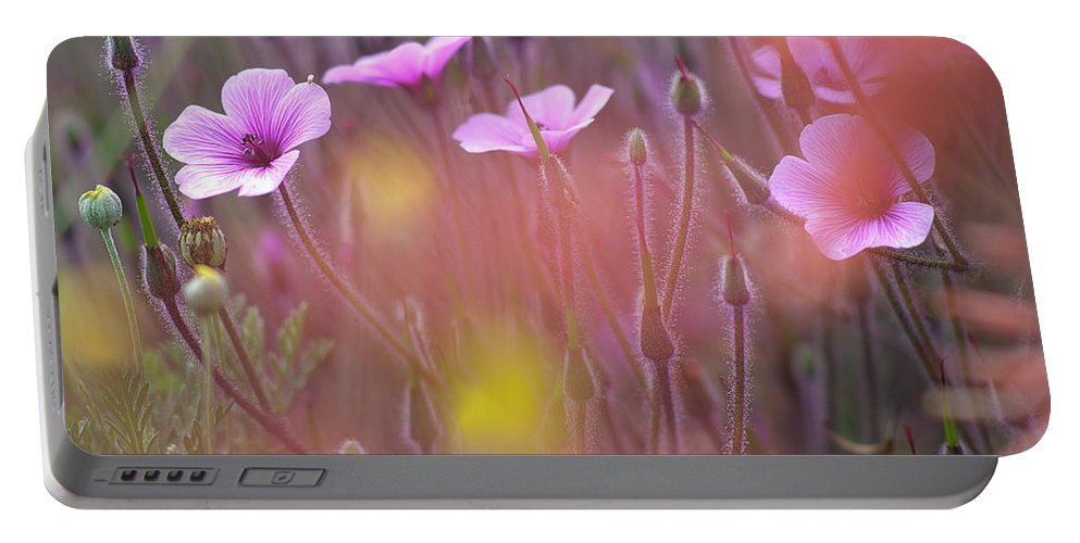 Horizontal_format Portable Battery Charger featuring the photograph Pink Wild Geranium by Heiko Koehrer-Wagner