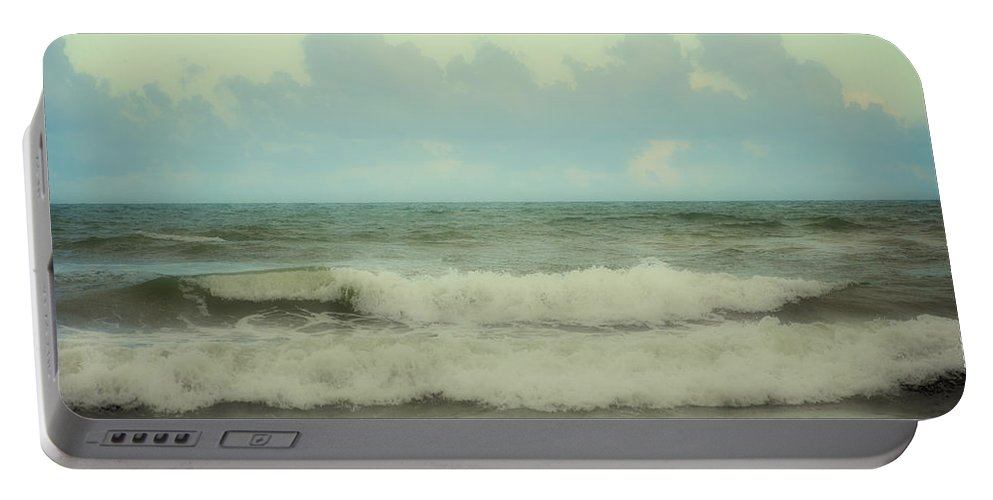 Polaroid Ocean Portable Battery Charger