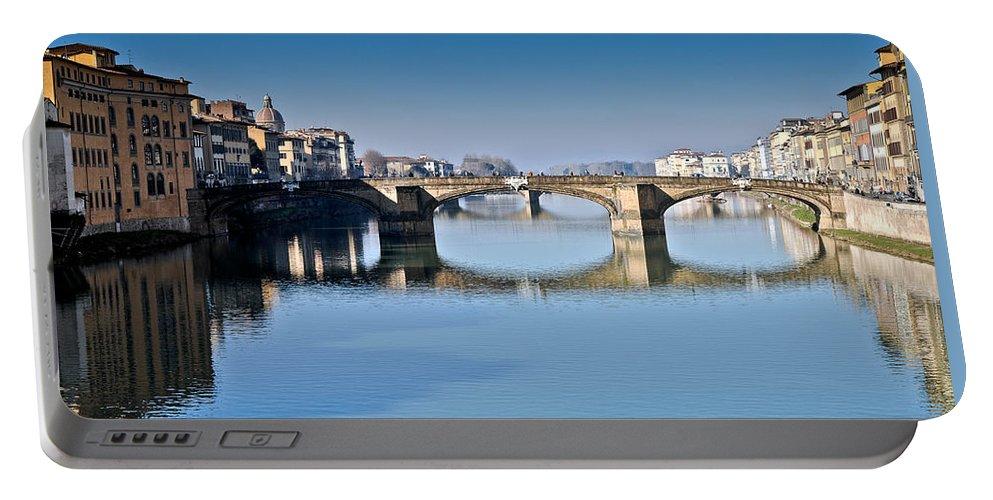 Arno Portable Battery Charger featuring the photograph Ponte Santa Trinita Florence Italy by Gary Eason