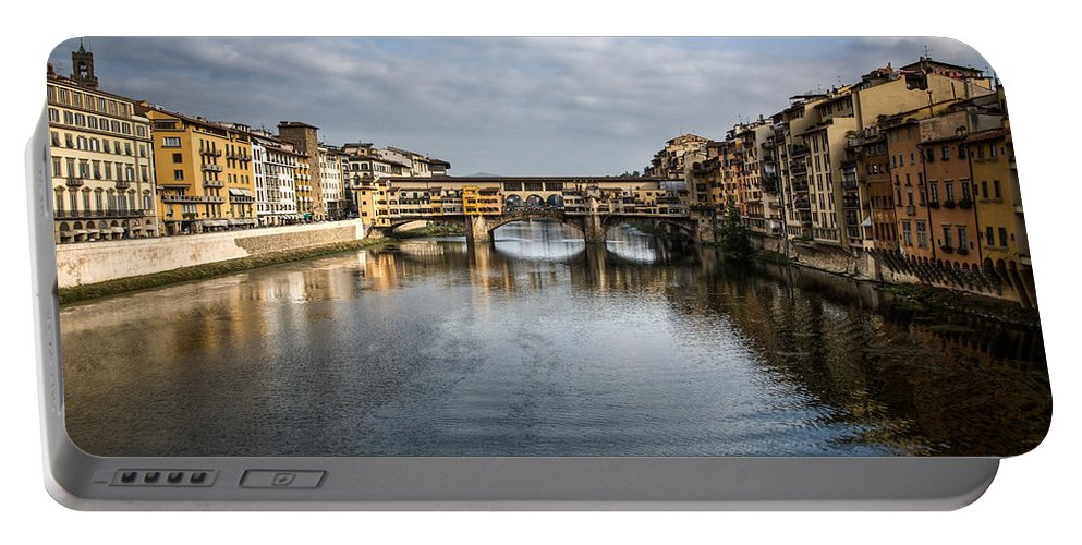 Italy Portable Battery Charger featuring the photograph Ponte Vecchio by Dave Bowman