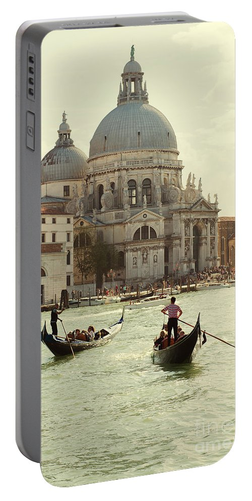 Italy Portable Battery Charger featuring the photograph Postcard From Venice by Jaroslaw Blaminsky