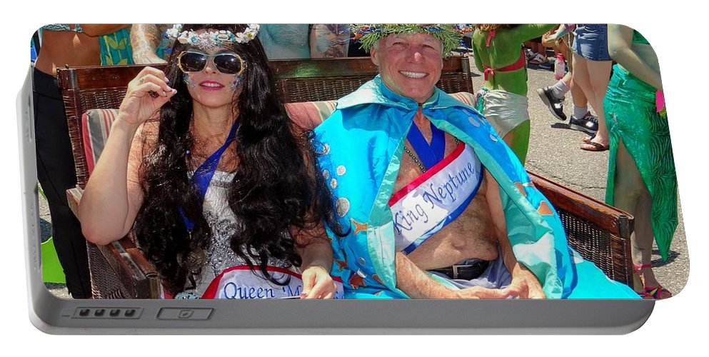Coney Island Portable Battery Charger featuring the photograph Queen Mermaid-king Neptune by Ed Weidman