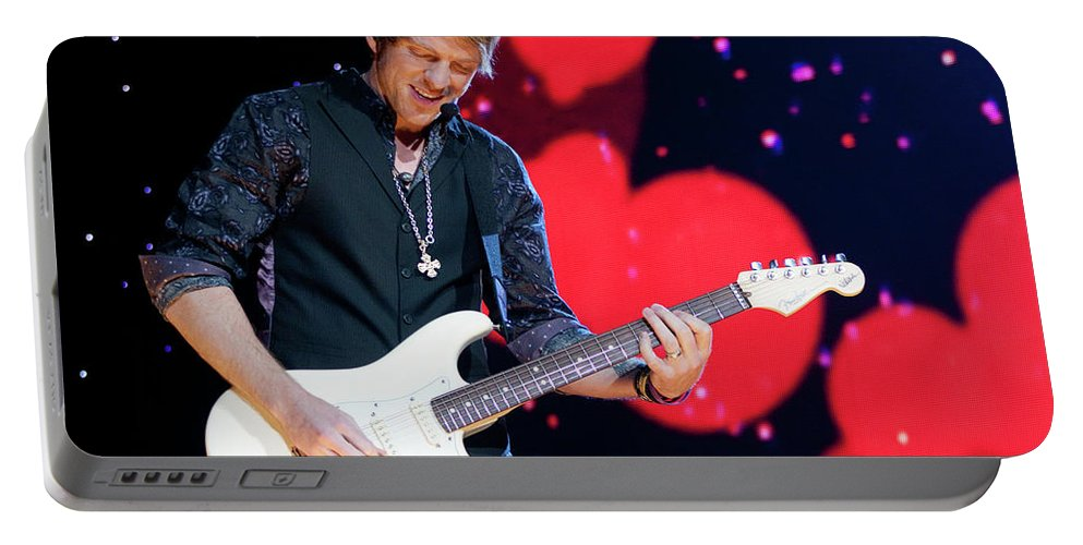 Rascal Flatts Portable Battery Charger featuring the photograph Rascal Flatts 5180 by Timothy Bischoff