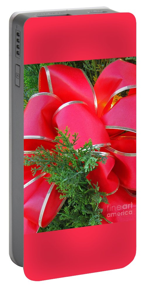 Christmas Portable Battery Charger featuring the photograph Red And Greens by Ann Horn