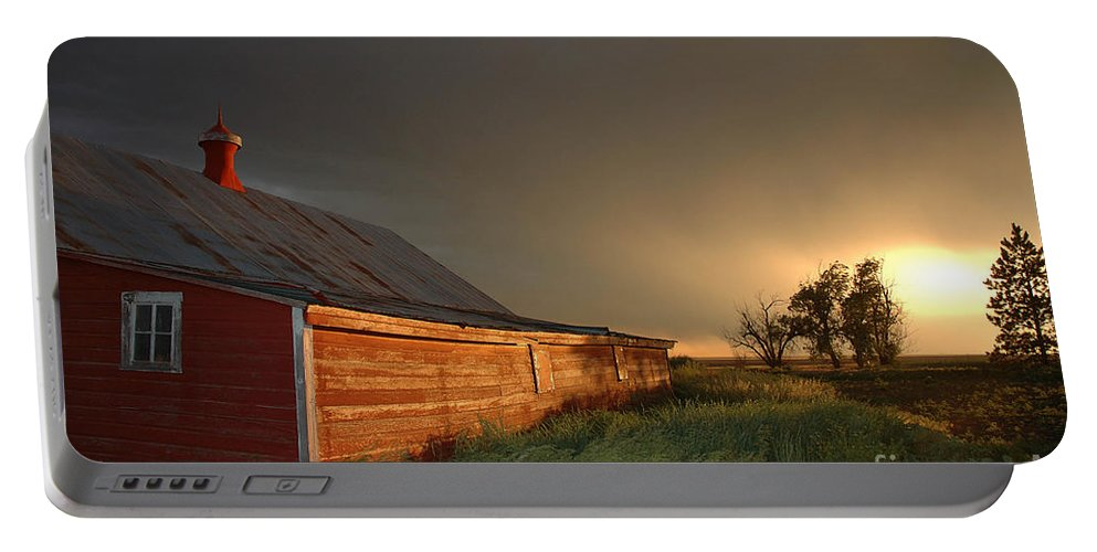 Barn Portable Battery Charger featuring the photograph Red Barn At Sundown by Jerry McElroy