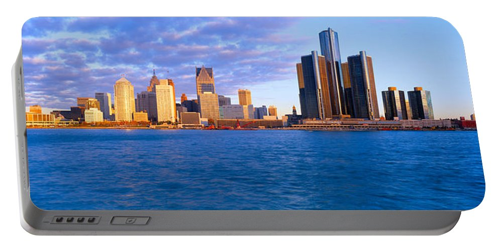 Photography Portable Battery Charger featuring the photograph Renaissance Center, Detroit, Sunrise by Panoramic Images