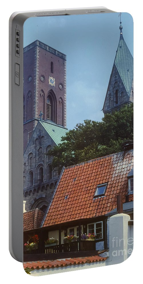Ribe Catedral Denmark Cathedrals Church Churches Structure Structures Building Buildings Architecture City Cities Cityscape Place Places Of Worship Portable Battery Charger featuring the photograph Ribe Catedral by Bob Phillips