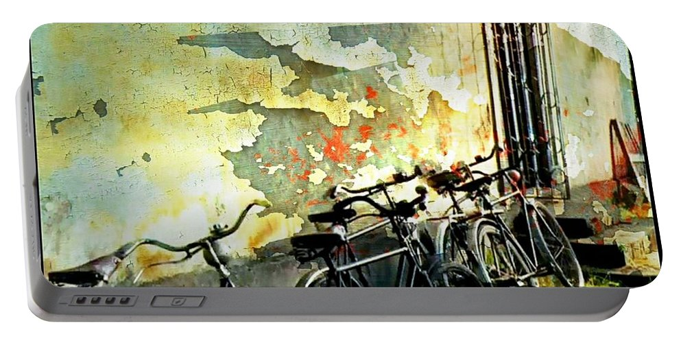 Propped Icycles Portable Battery Charger featuring the photograph Road Trip Respite by Ellen Cannon