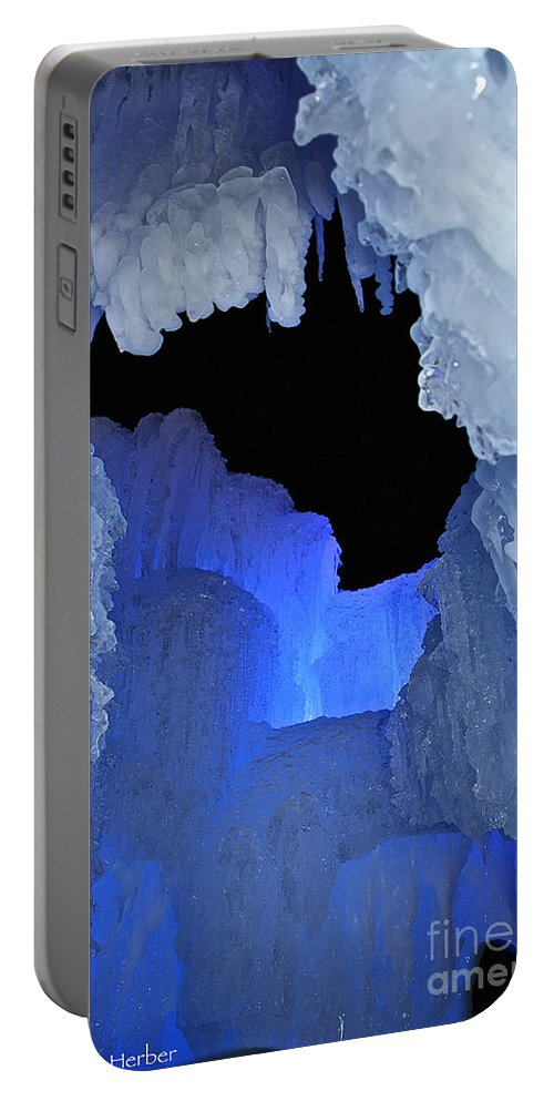 Ice Portable Battery Charger featuring the photograph Roofless by Susan Herber