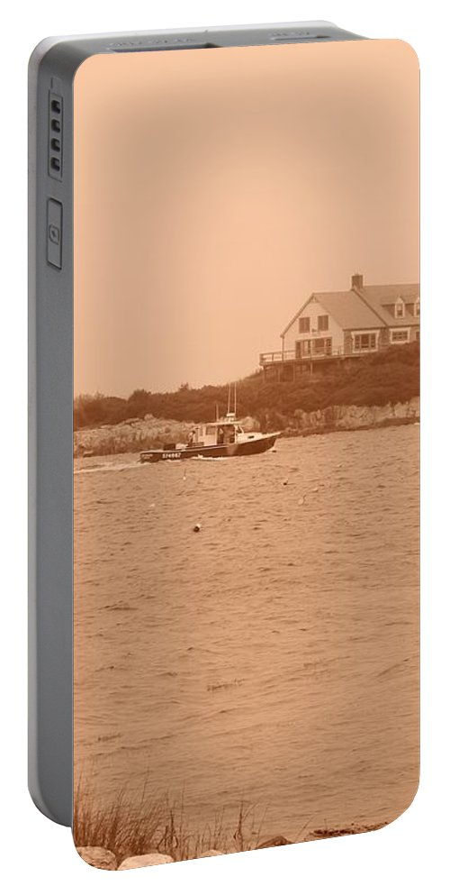 Maine Portable Battery Charger featuring the photograph Rounding The Point by Jean Goodwin Brooks