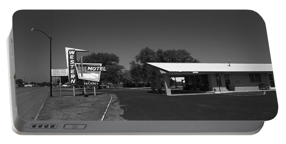 66 Portable Battery Charger featuring the photograph Route 66 - Western Motel 8 by Frank Romeo