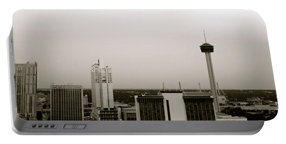 Architecture Portable Battery Charger featuring the photograph Sa Skyline 001 by Shawn Marlow