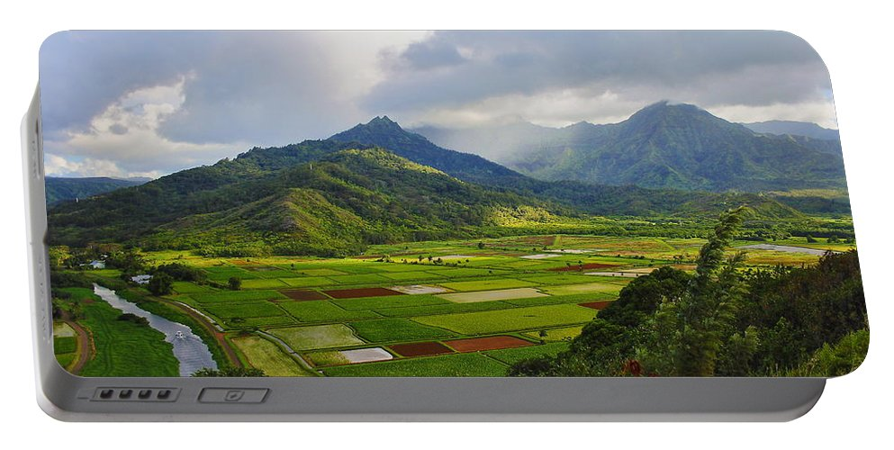 Scenic Kauai Portable Battery Charger featuring the photograph Scenic Kauai by Richard Cheski