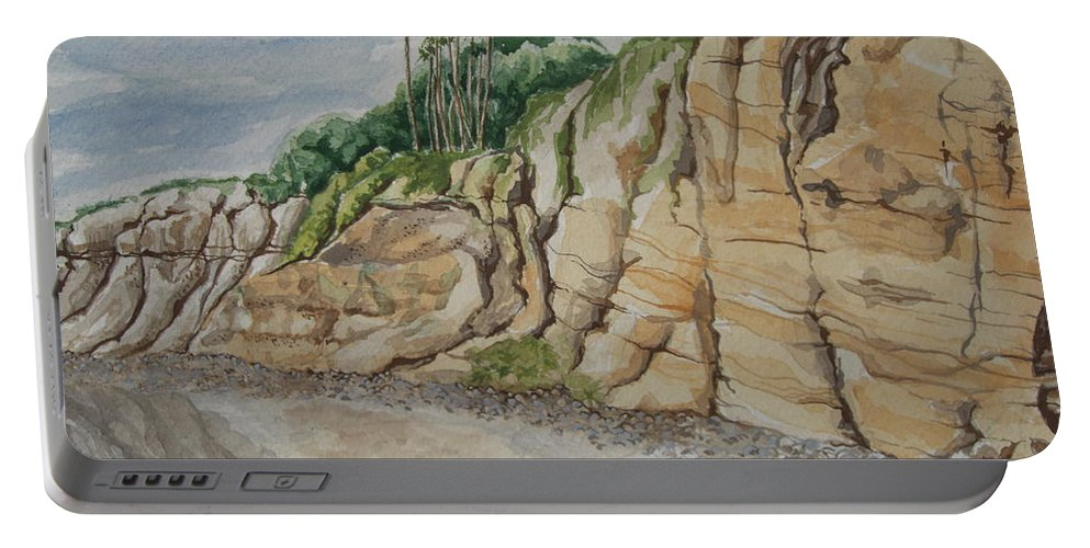 Cliffs Portable Battery Charger featuring the painting Sd Cliffs by John Wilson