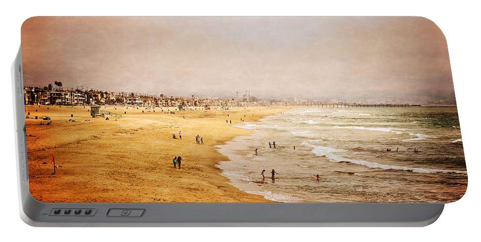 Pacific Portable Battery Charger featuring the photograph Seashore At Manhattan Beach by Eleanor Abramson