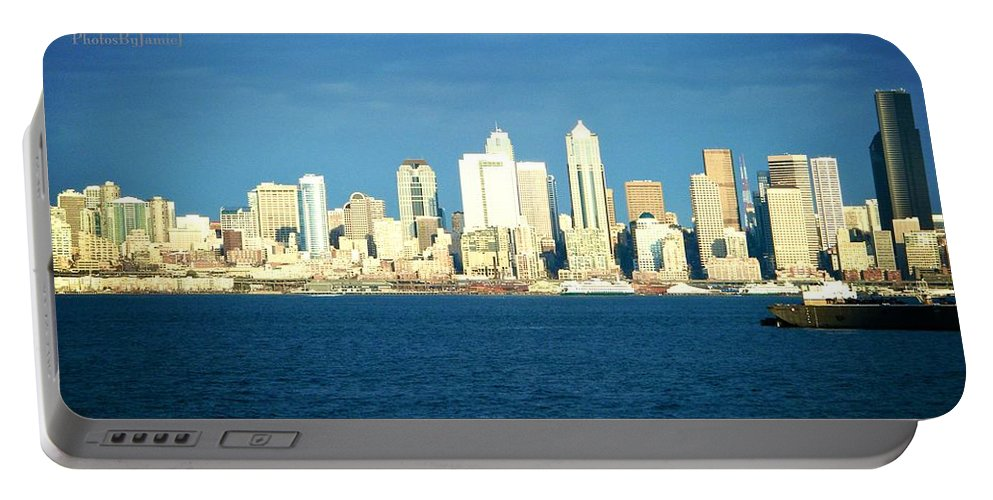 Seattle Portable Battery Charger featuring the photograph Seattle by Jamie Johnson