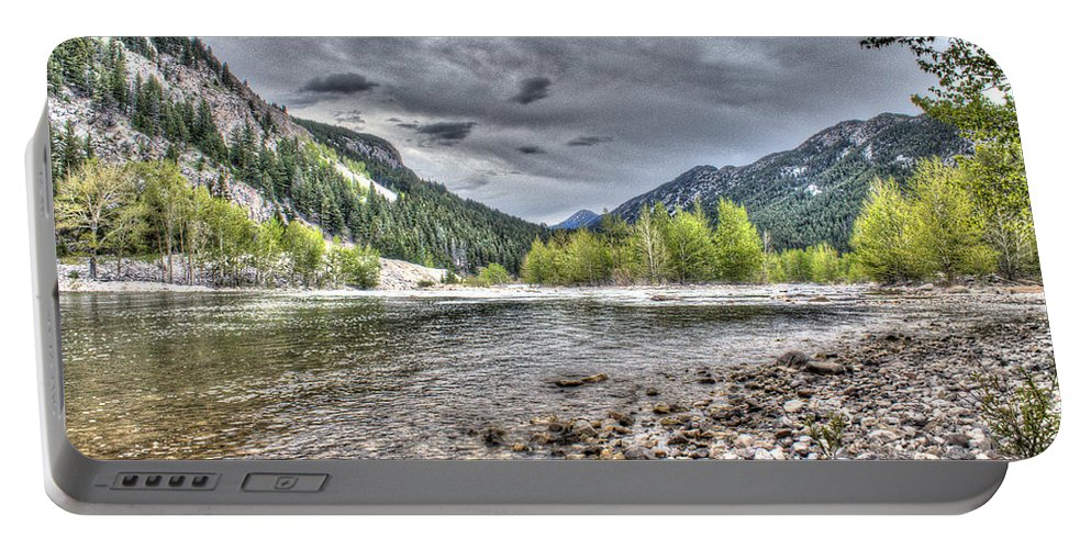 Landscape Portable Battery Charger featuring the photograph Serenity Of The Sun by John Lee