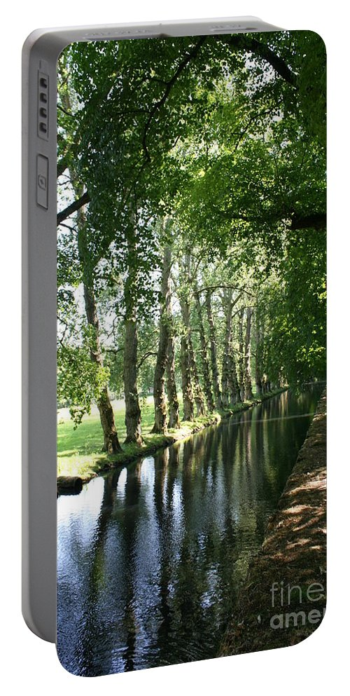 Parkway Portable Battery Charger featuring the photograph Shady Creek by Christiane Schulze Art And Photography